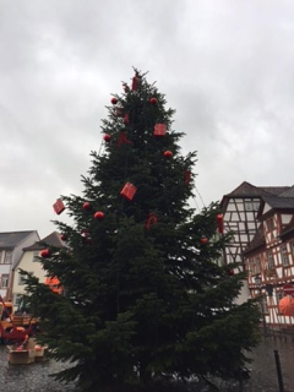 Weihnachtsbaum schmücken Archive - Willkommen im Blog der Sparkasse ...